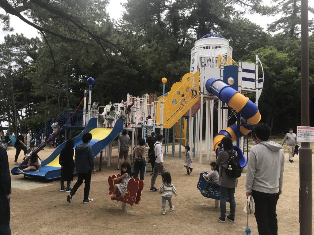 2021年に新しくなった小戸公園の遊具の画像